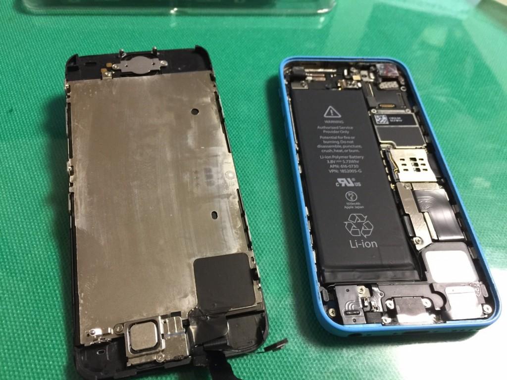 iphone5c液晶交換宮崎県北パソコン修理屋 (4)